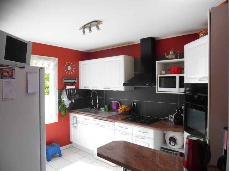 Sale house / villa Poissy 388500€ - Picture 3