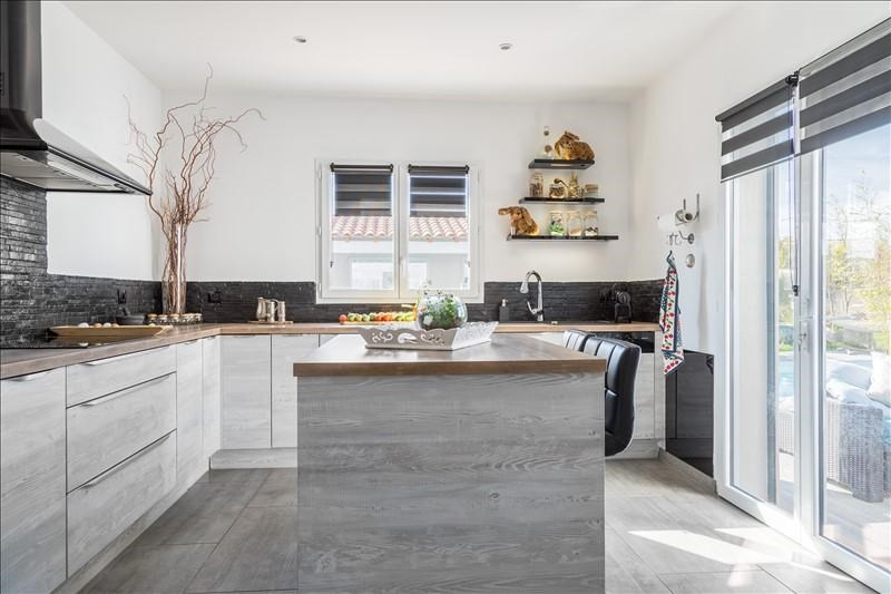 Vente de prestige maison / villa Meyreuil 1025000€ - Photo 6