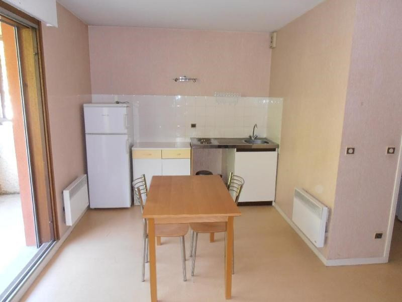 Rental apartment Nantua 289€ CC - Picture 2