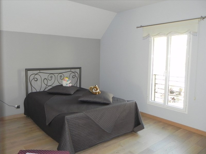 Deluxe sale house / villa Andresy 724900€ - Picture 14