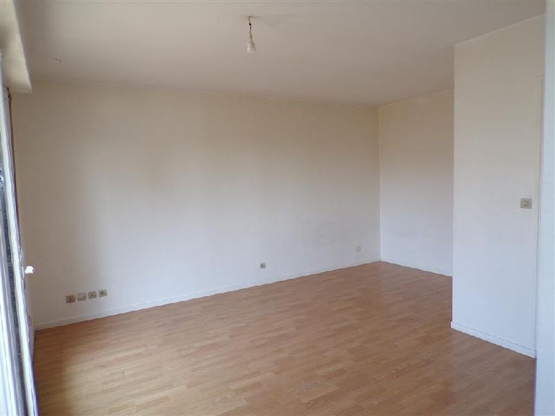 Vente appartement Ste genevieve des bois 125000€ - Photo 3