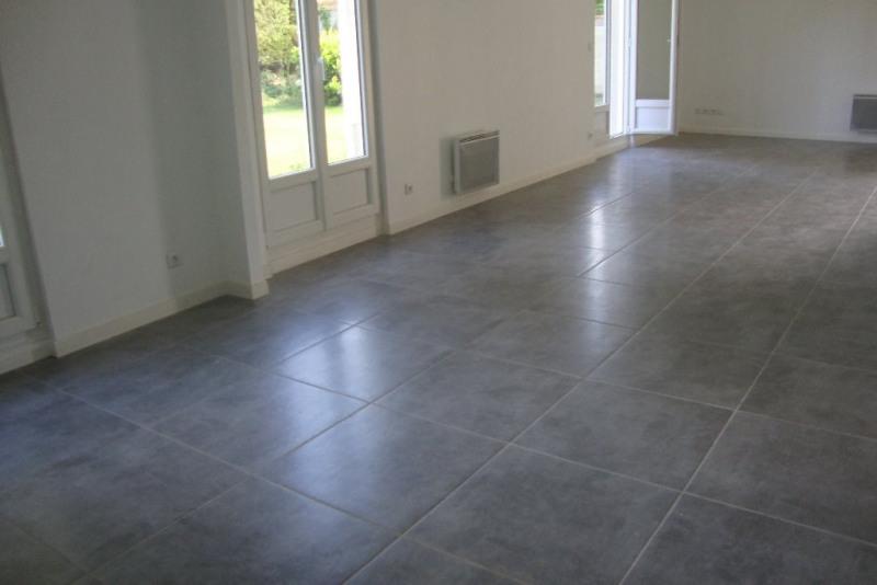 Sale house / villa Labege 379000€ - Picture 2