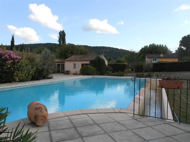 Sale house / villa Salernes 528 000€ - Picture 1