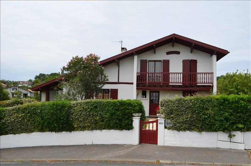 Deluxe sale house / villa Bidart 595000€ - Picture 1