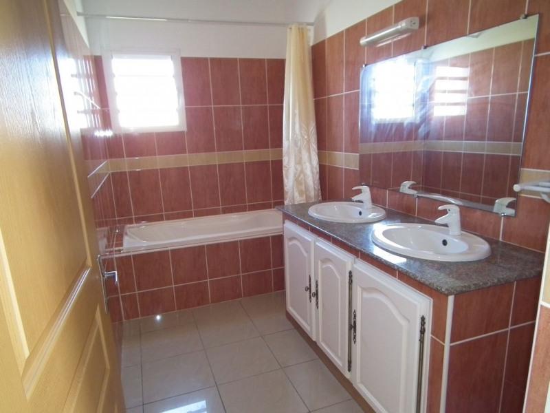 Rental house / villa Saint-andré 980€cc - Picture 5