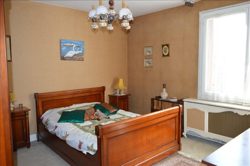 Sale house / villa La varenne st hilaire 498000€ - Picture 3