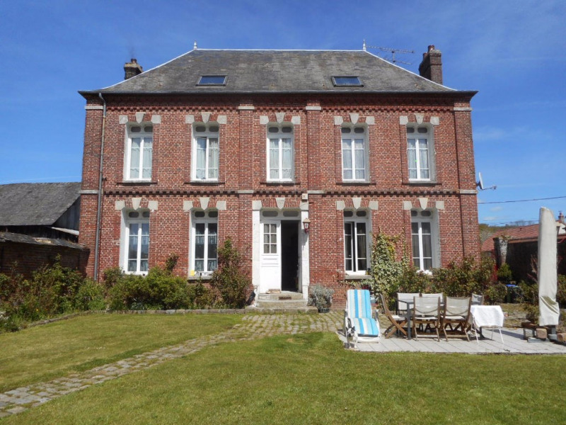 Sale house / villa Songeons 344 000€ - Picture 1