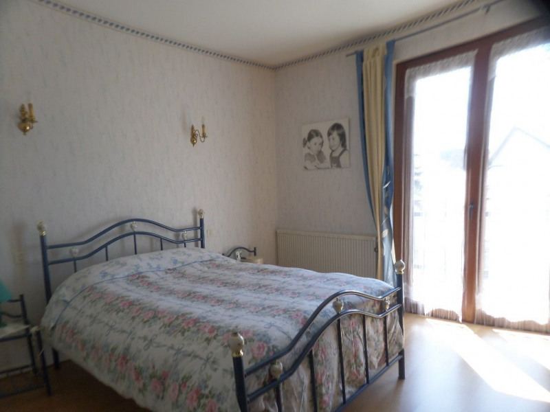 Sale house / villa Le beage 199000€ - Picture 4