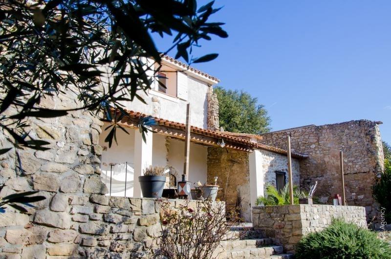 Deluxe sale house / villa Aix en provence 592000€ - Picture 2