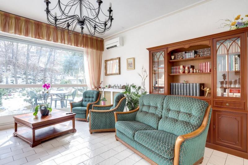 Sale apartment Courbevoie 894400€ - Picture 4