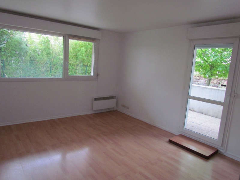 Rental apartment Choisy le roi 698€ CC - Picture 1
