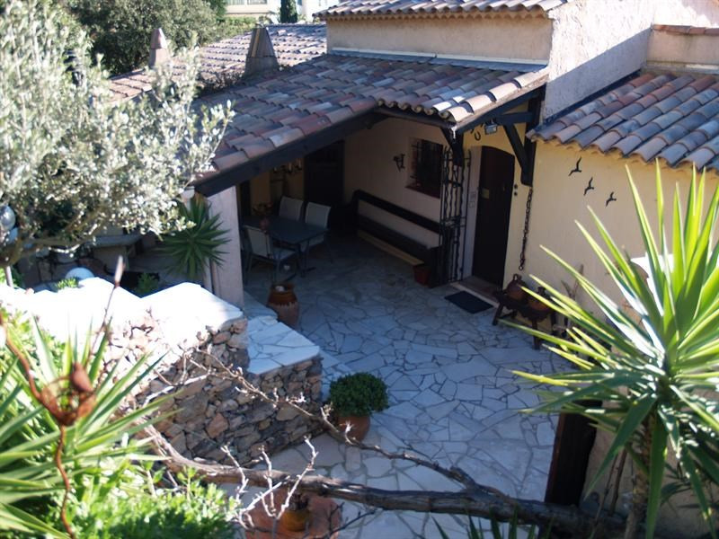 Sale house / villa Les issambres 341 250€ - Picture 4
