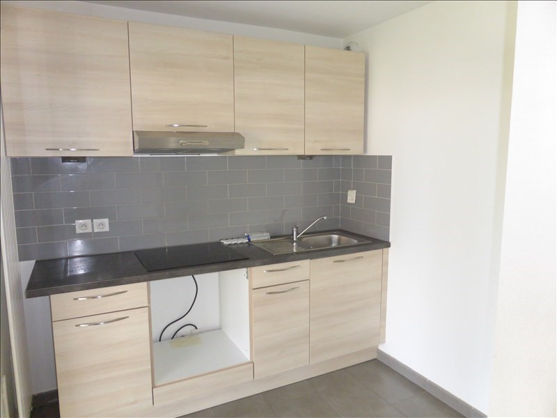 Location appartement Thoiry 697€ CC - Photo 3