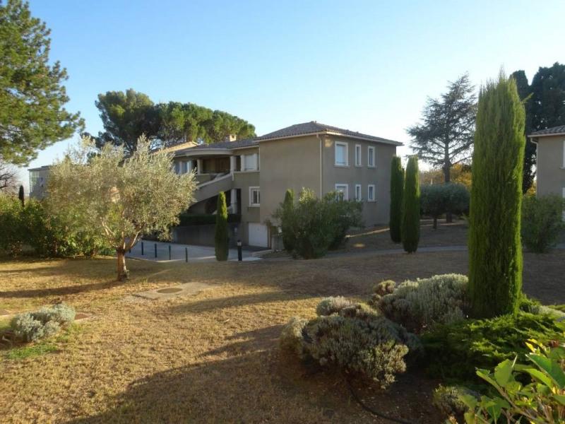 Alquiler  apartamento Villeneuve-les-avignon 890€ CC - Fotografía 6