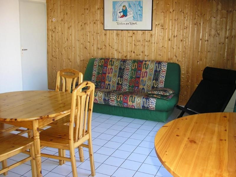 Rental apartment Oyonnax 396€ CC - Picture 3