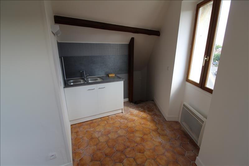 Location appartement Neauphle le chateau 648€ CC - Photo 3