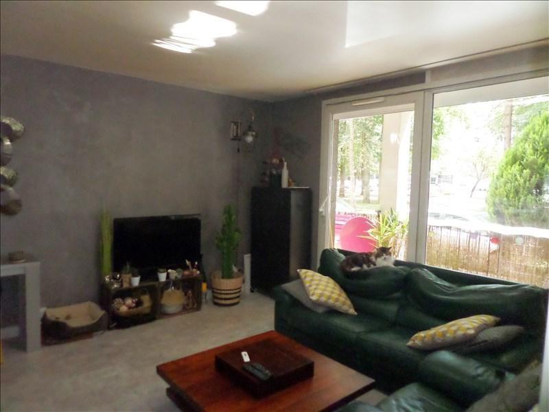 Sale apartment La celle st cloud 219000€ - Picture 1