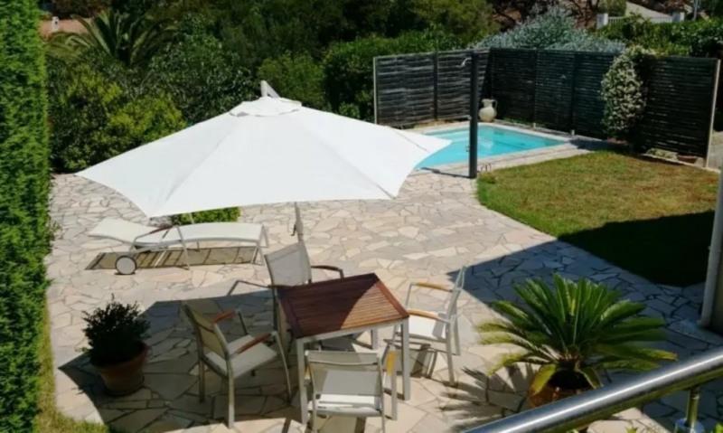 Sale house / villa Pietrosella 395000€ - Picture 1