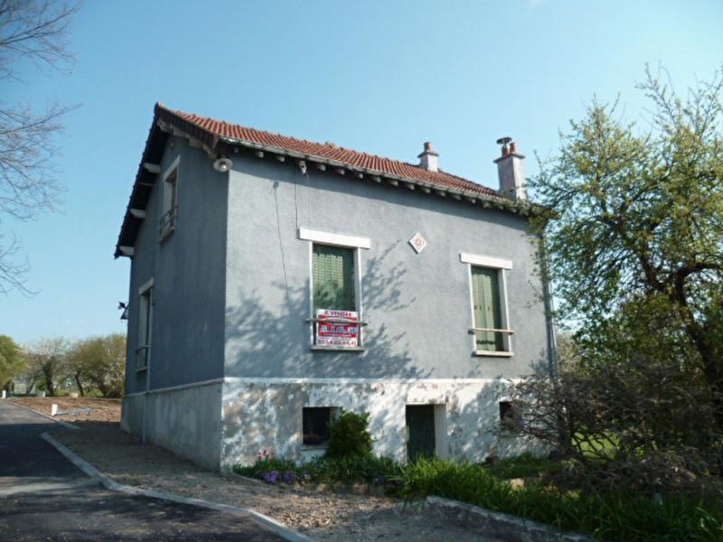 Sale house / villa Mouroux 165000€ - Picture 1