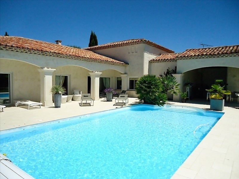 Deluxe sale house / villa Puygouzon 650000€ - Picture 1