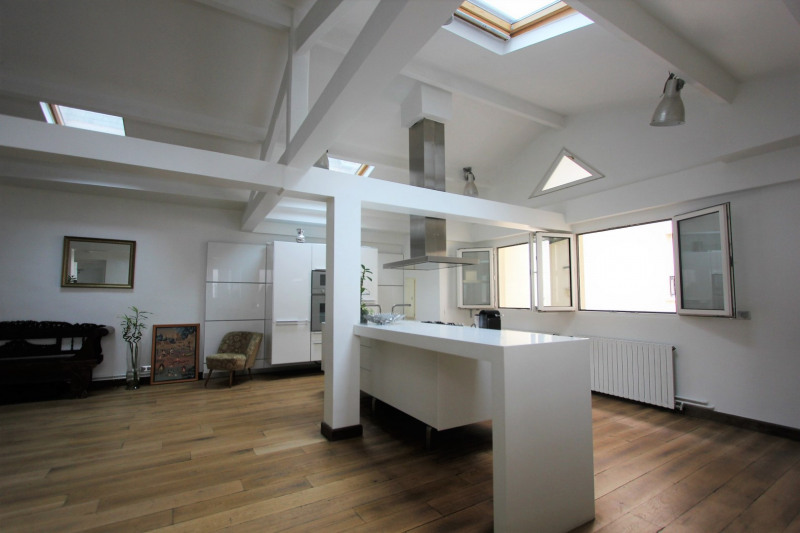 Sale apartment Paris 3ème 1099000€ - Picture 2
