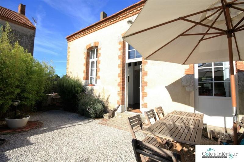Sale house / villa Talmont st hilaire 250000€ - Picture 1