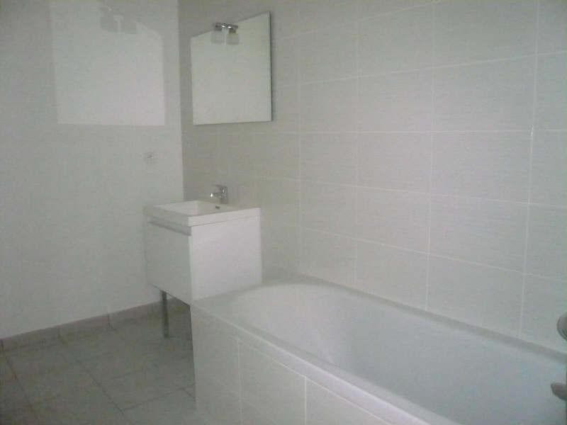 Location appartement Uchaud 660€ CC - Photo 4