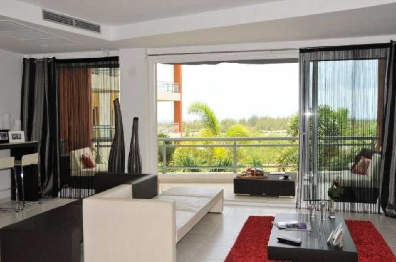 Deluxe sale apartment St martin 878 000€ - Picture 1