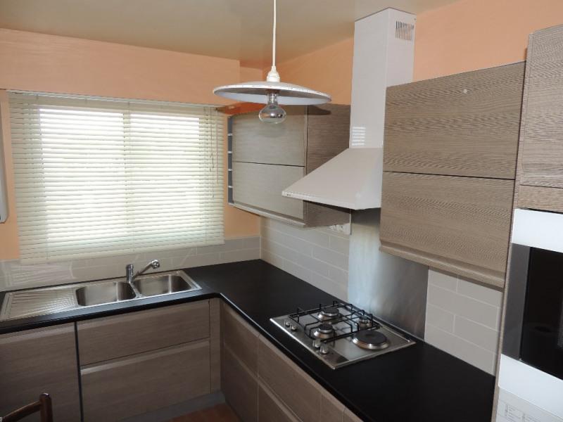 Deluxe sale apartment Le pecq 430000€ - Picture 2