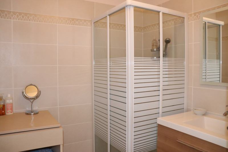 Vacation rental apartment Cavalaire sur mer 500€ - Picture 13