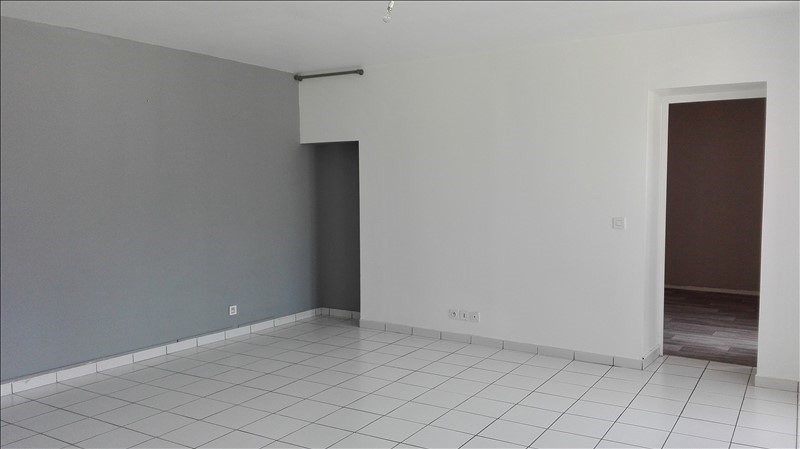 Location appartement Sivry courtry 660€ +CH - Photo 3