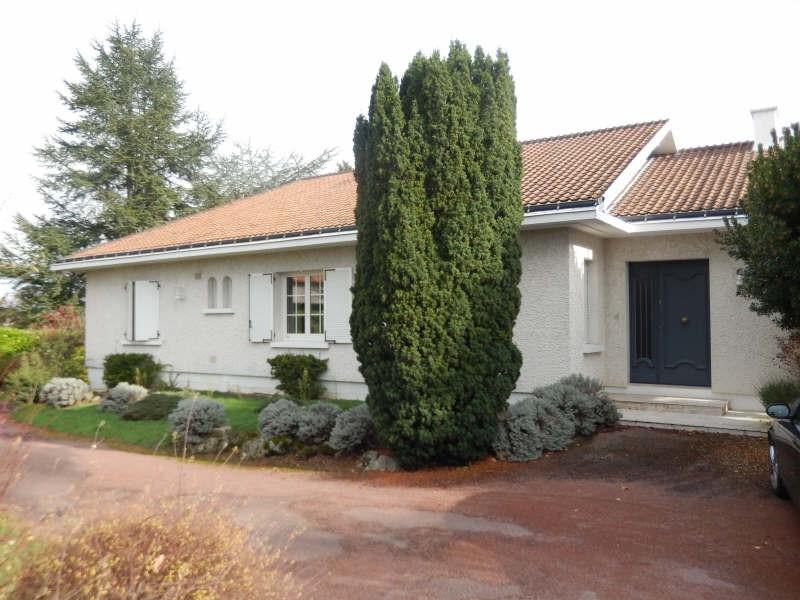 Sale house / villa Cholet 315000€ - Picture 1