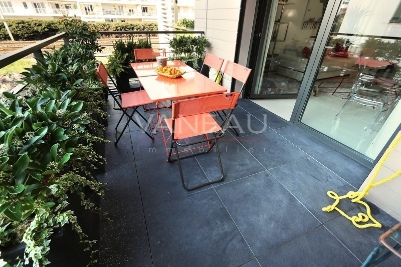 Vente de prestige appartement Juan-les-pins 375000€ - Photo 6