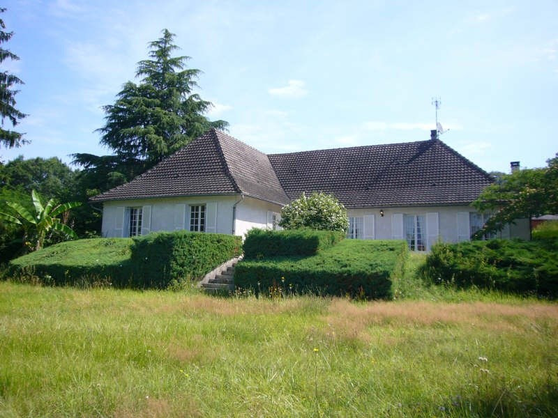 Sale house / villa Brantome 369 900€ - Picture 1