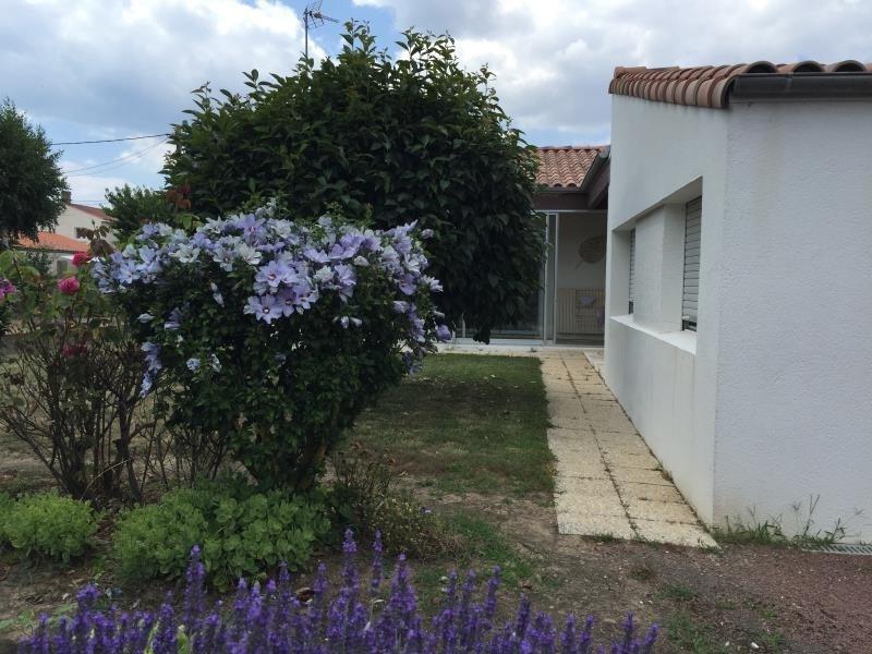 Vente maison / villa St vincent sur jard 228800€ - Photo 3