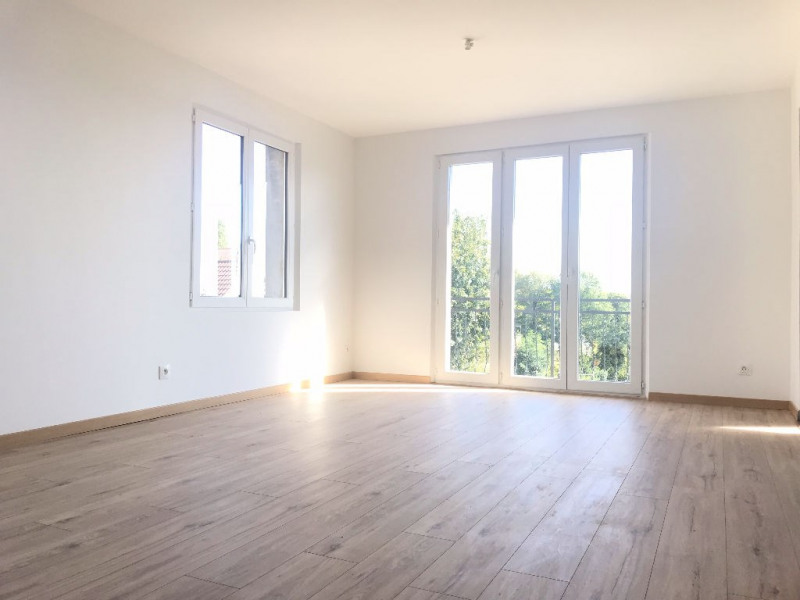 Alquiler  apartamento La ville du bois 895€ CC - Fotografía 2