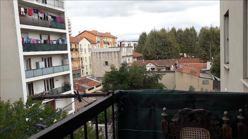 Rental apartment Marseille 5ème 955€ CC - Picture 1