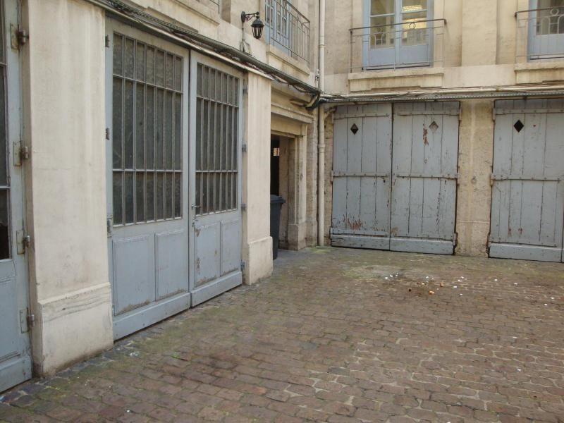 Location parking Lyon 2ème 170€ CC - Photo 4