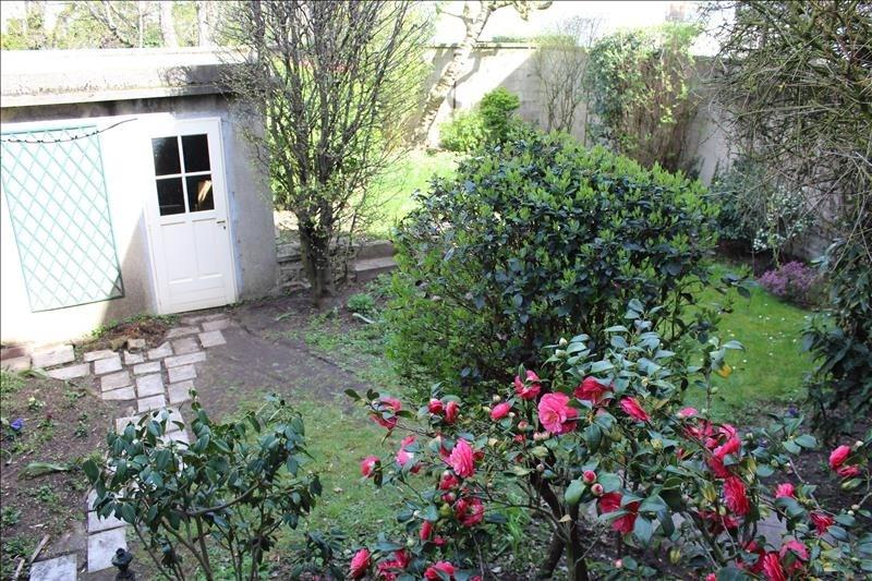 Deluxe sale house / villa Asnieres sur seine 1490000€ - Picture 1