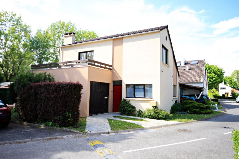 Vente maison / villa Noisy le grand 374 000€ - Photo 1