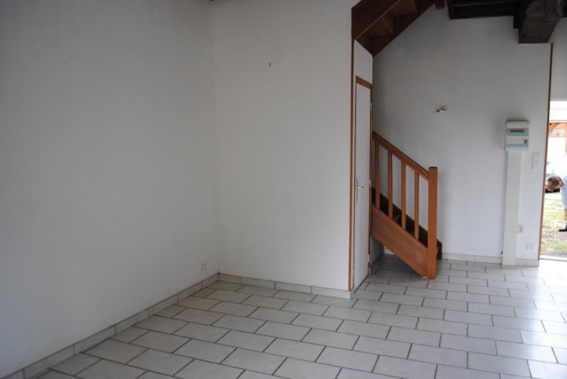 Rental apartment Maligny 430€ CC - Picture 7