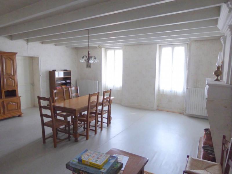 Sale house / villa Louzac-saint-andré 210000€ - Picture 3
