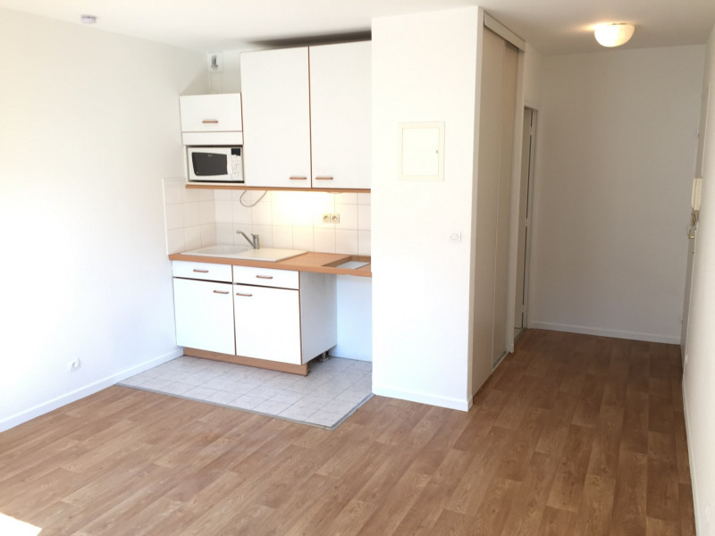 Rental apartment Pierrelaye 520€ CC - Picture 6