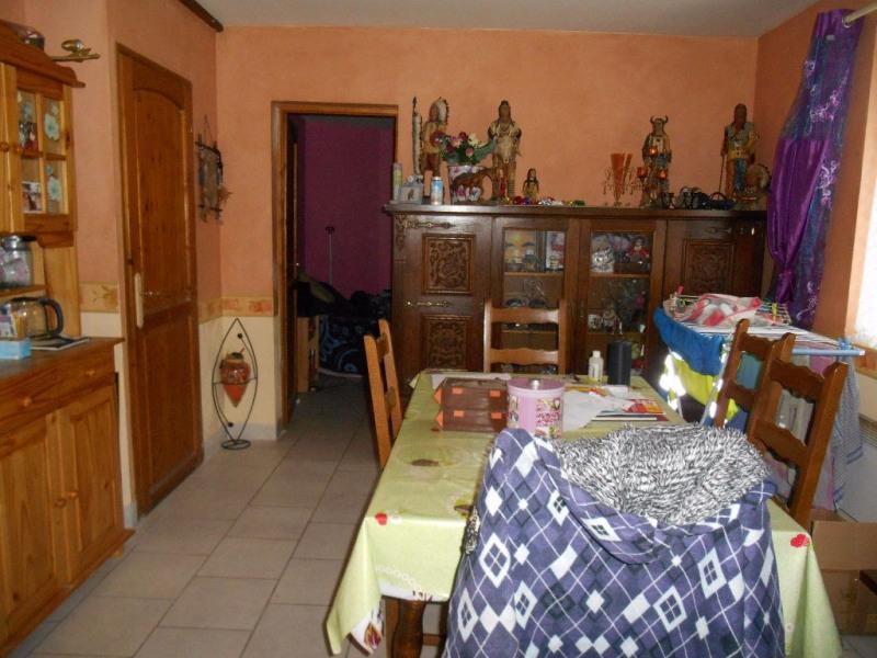 Sale house / villa Songeons 110000€ - Picture 2