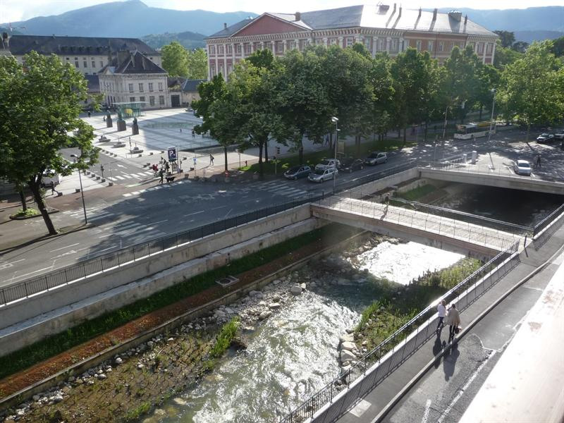 Location appartement Chambery 490€ CC - Photo 1