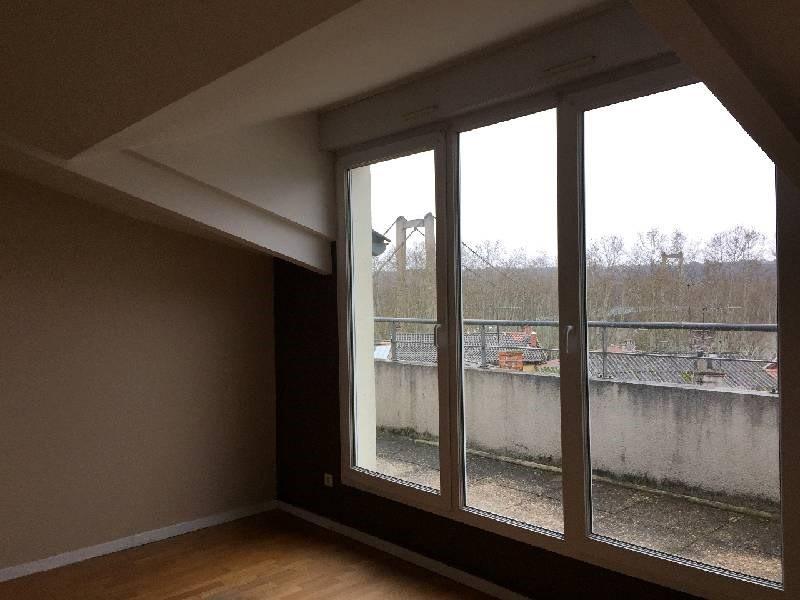 Rental apartment Vernaison 630€ CC - Picture 3