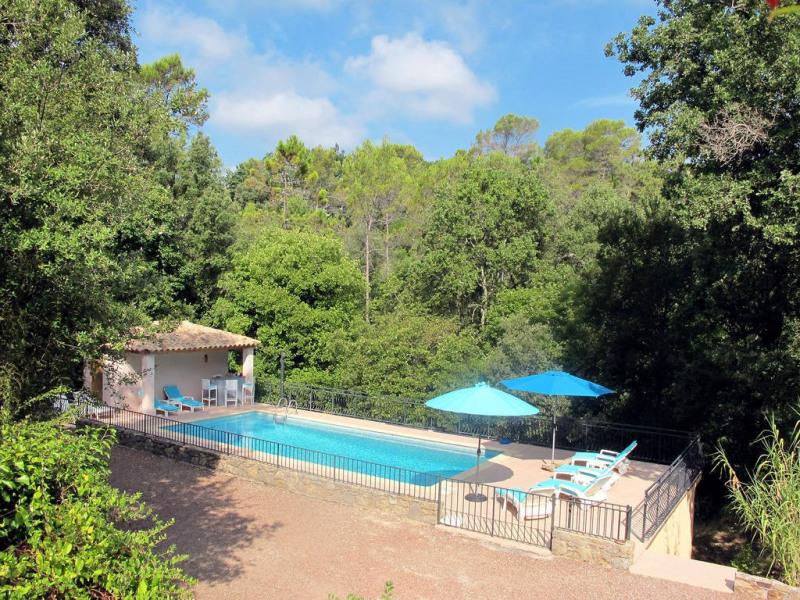 Vente maison / villa Bagnols-en-forêt 590000€ - Photo 17