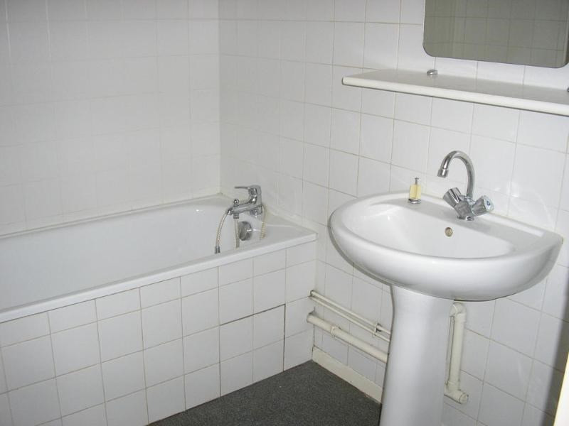 Location appartement Bellignat 424€ CC - Photo 4