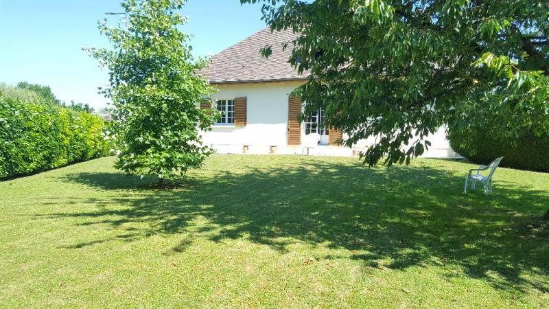 Sale house / villa Beauvais 360000€ - Picture 1