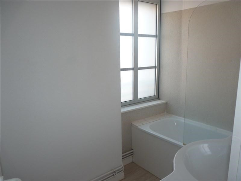 Location appartement La roche sur yon 410€ CC - Photo 4